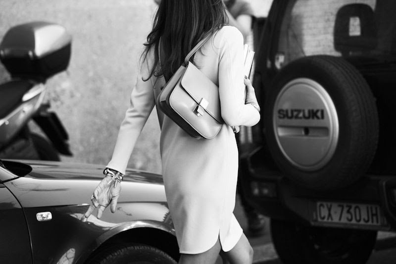 Le Fashion Blog Street Style Viviana Volpicella How To Wear A Shift Dress Celine Box Bag Long Hair Via Grazia photo Le-Fashion-Blog-Street-Style-Viviana-Volpicella-How-To-Wear-A-Shift-Dress-Celine-Box-Bag-Long-Hair-Via-Grazia.jpg