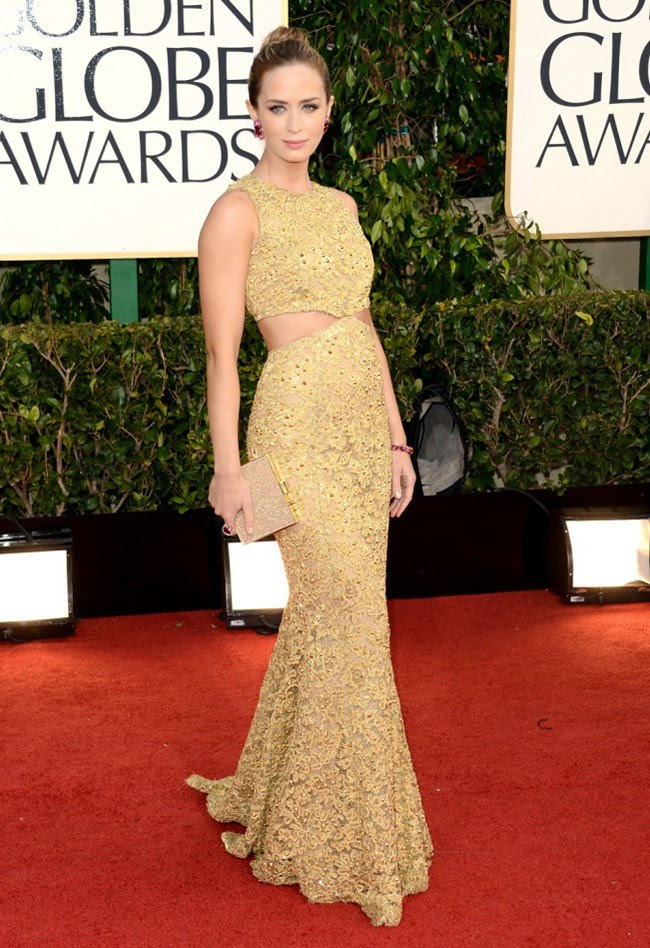 7 Emily Blunt - 70th Golden Globe Awards ceremony - LA - gettyimages low res ferragamo clutch