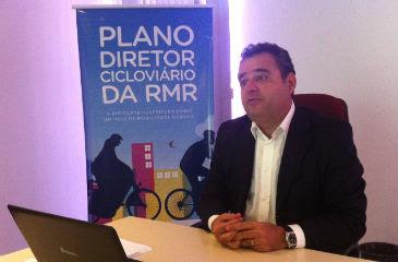 Secretário Danilo Cabral adianta detalhes do Plano Cicloviário. Anamaria Nascimento/DP/D.A.Press