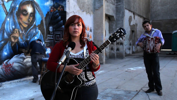 Mexican singer Carla Morrison is featured in the movie Hecho en Mexico.
