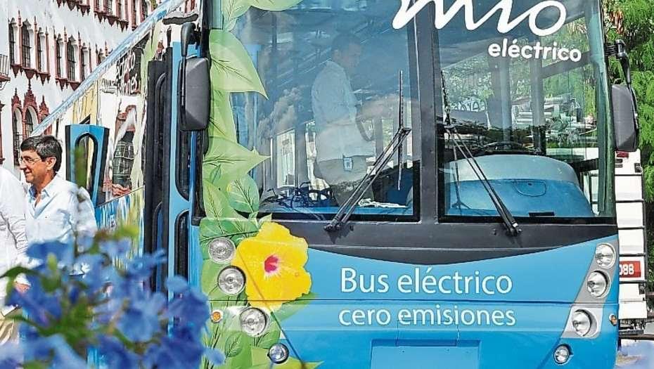 Bergman anula la compra de 50 ómnibus eléctricos ante sospechas de corrupción