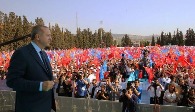 Ο Ερντογάν στη Σμύρνη