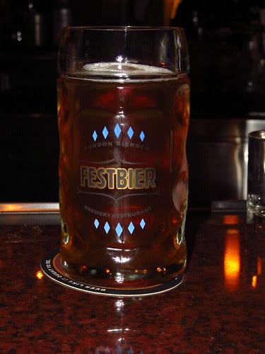 0.5 liters of Oktoberfest (02)