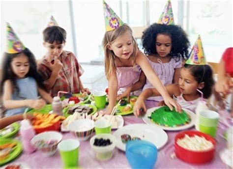 A Kid's Party DJ.com   215 789 0316LAST MINUTE CALLS OKAY