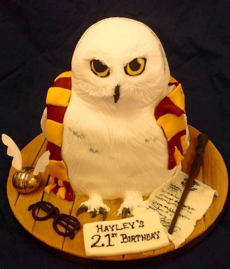 Best 25  Harry potter cakes ideas on Pinterest   Harry
