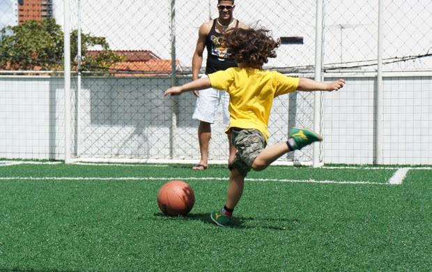 Hulk aproveita as férias em João Pessoa com a família (Foto: Renata Vasconcellos)