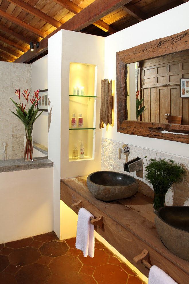 25 Tropical Bathroom Design Ideas - Decoration Love