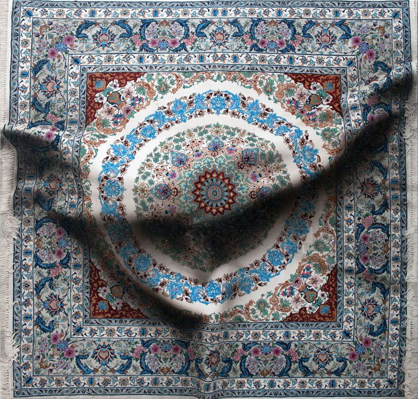 antonio santin: hyper-real paintings of bodies under carpets