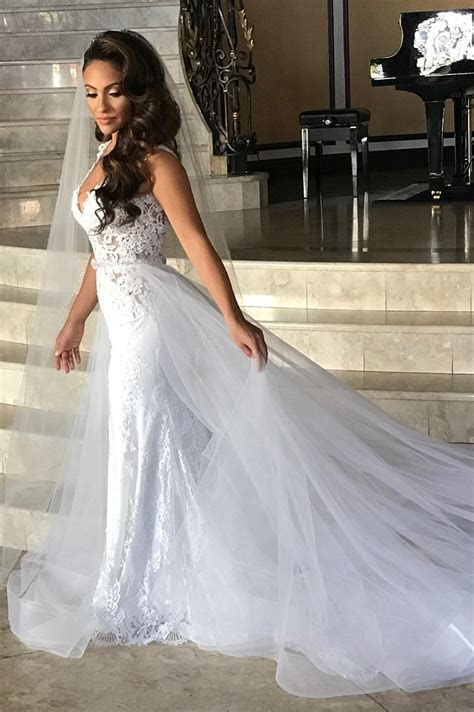 Gorgeous V Neck White Lace Long Bridal Gown with