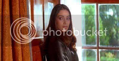 http://i298.photobucket.com/albums/mm253/blogspot_images/Raaz/PDVD_015.jpg