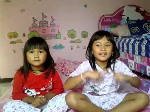 Nauki (Naura & Zackia) Doing Gwiyomi
