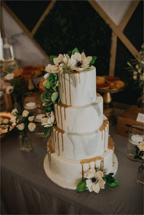 9 Sweetest Wedding Cake Trends for 2018   Cakes,Cookies