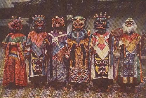 devil dancers6