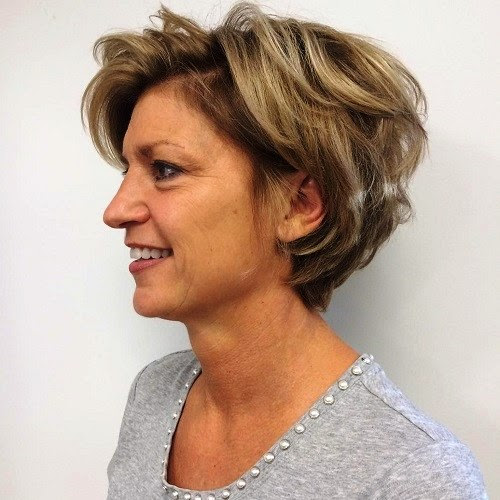 23 Cute and Super-Easy Short Hairstyles for Thick Hair