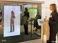 An electronic fashion consultant can help you in the digital and real world
