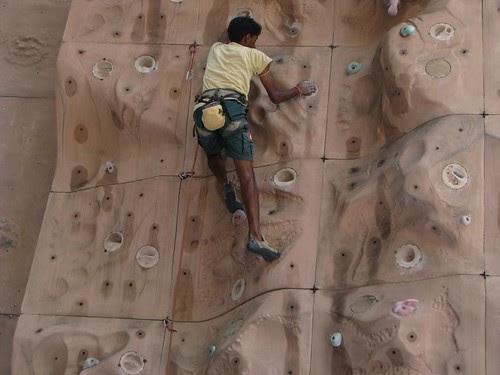 Climbing_Wall_Bangalore_Main_Purush