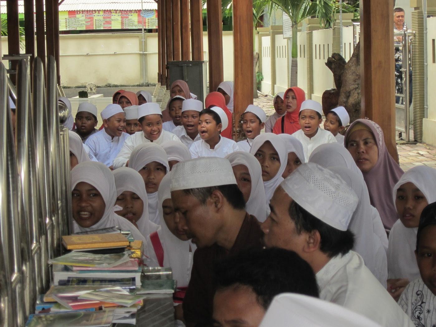 ziarah makam Maulana Malik Ibrahim