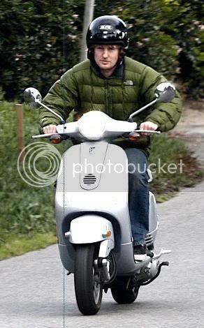 http://i6.photobucket.com/albums/y202/personalitytest/actorpics/OwenWilson.jpg