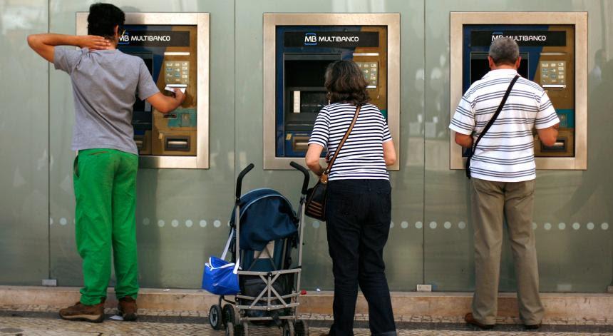 Resultado de imagem para contas bancárias evasão fiscal