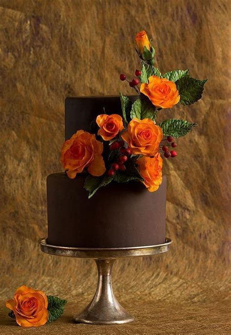 Autumn Inspiration: 5 Fabulous Fall Wedding Cake Designs