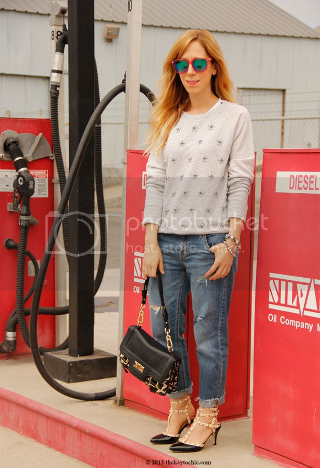 Los Angeles fashion blogger, Forever 21 jeweled sweatshirt, boyfriend jeans, Rockstud inspired heels, Olivia + Joy leopard handbag