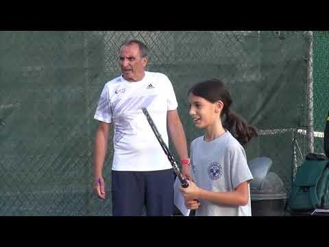O Μάνος Μουλιανιτάκης για την 1η μέρα του «1st Tennis Camp for junior and adult players» στα Πεύκα (vid)