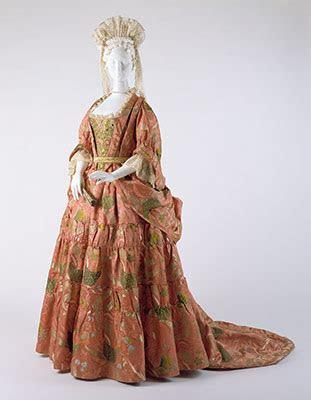 eighteenth century european dress essay heilbrunn