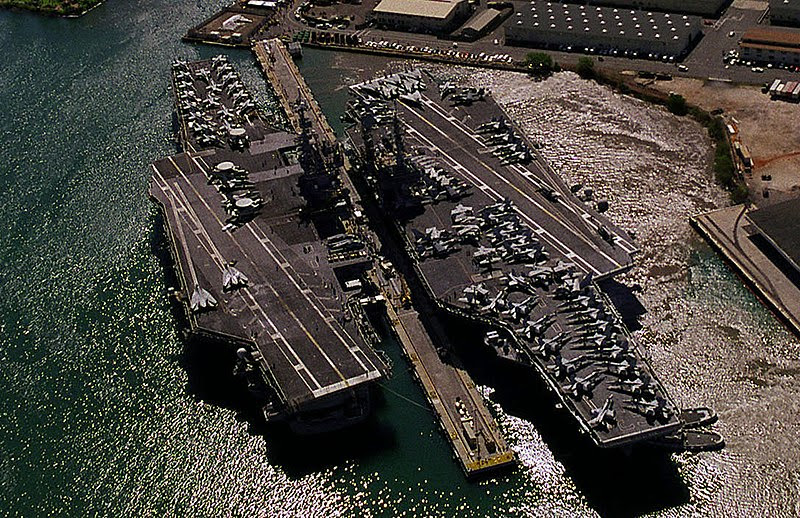 File:USS Independence (CV-62) and USS Kitty Hawk (CV-63) at Pearl Harbor crop.jpg
