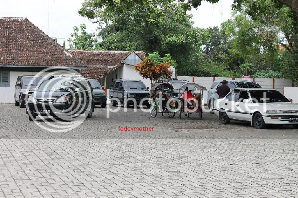 photo parkiranbantargebangok_zpsf2552377.jpg