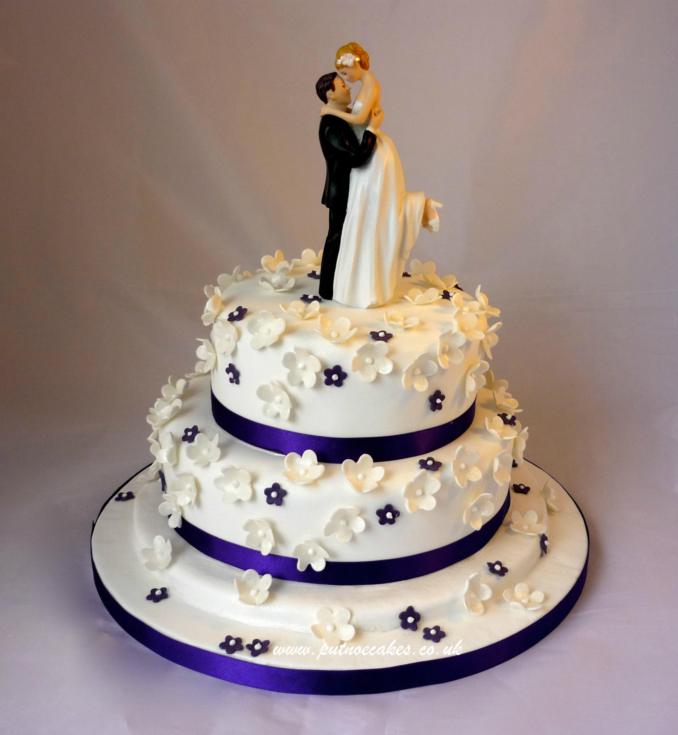 Hottest Wedding Cake Trends For 2014 Cardinal Bridal