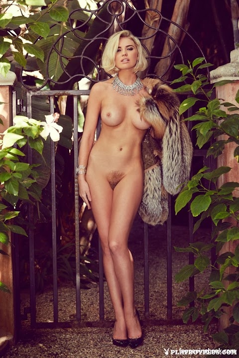 Kayslee Collins Nude Pics (@Tumblr) | Top 12 Hottest
