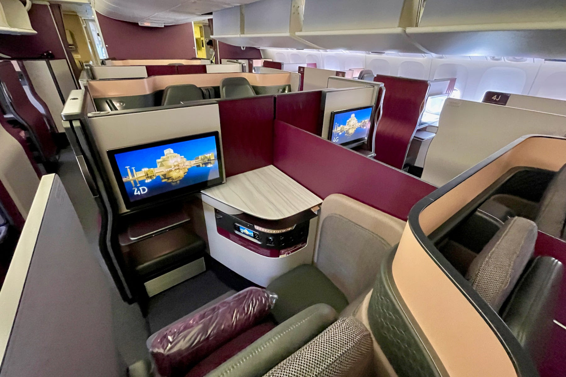 The 5 best business-class seats for traveling solo
