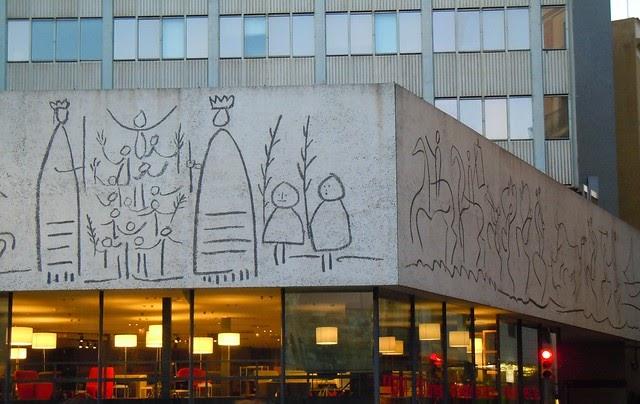 Se or del biombo los esgrafiados de picasso en el colegio - Arquitectos en pamplona ...