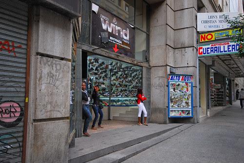 African Women on Calle Montera