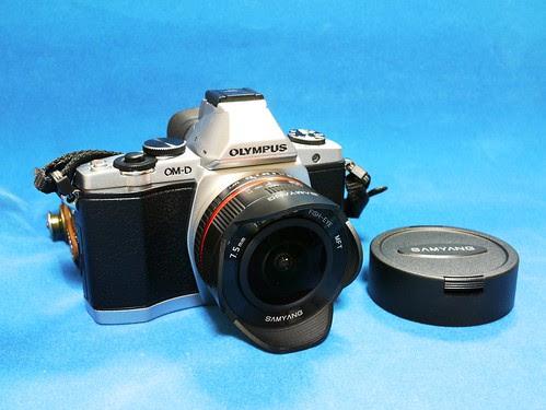 Samyang 7.5mm F3.5 UMC FISH-EYE MFT + Olympus E-M5