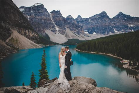 Wedding in GORGEOUS Banff, Canada. Lake Moraine