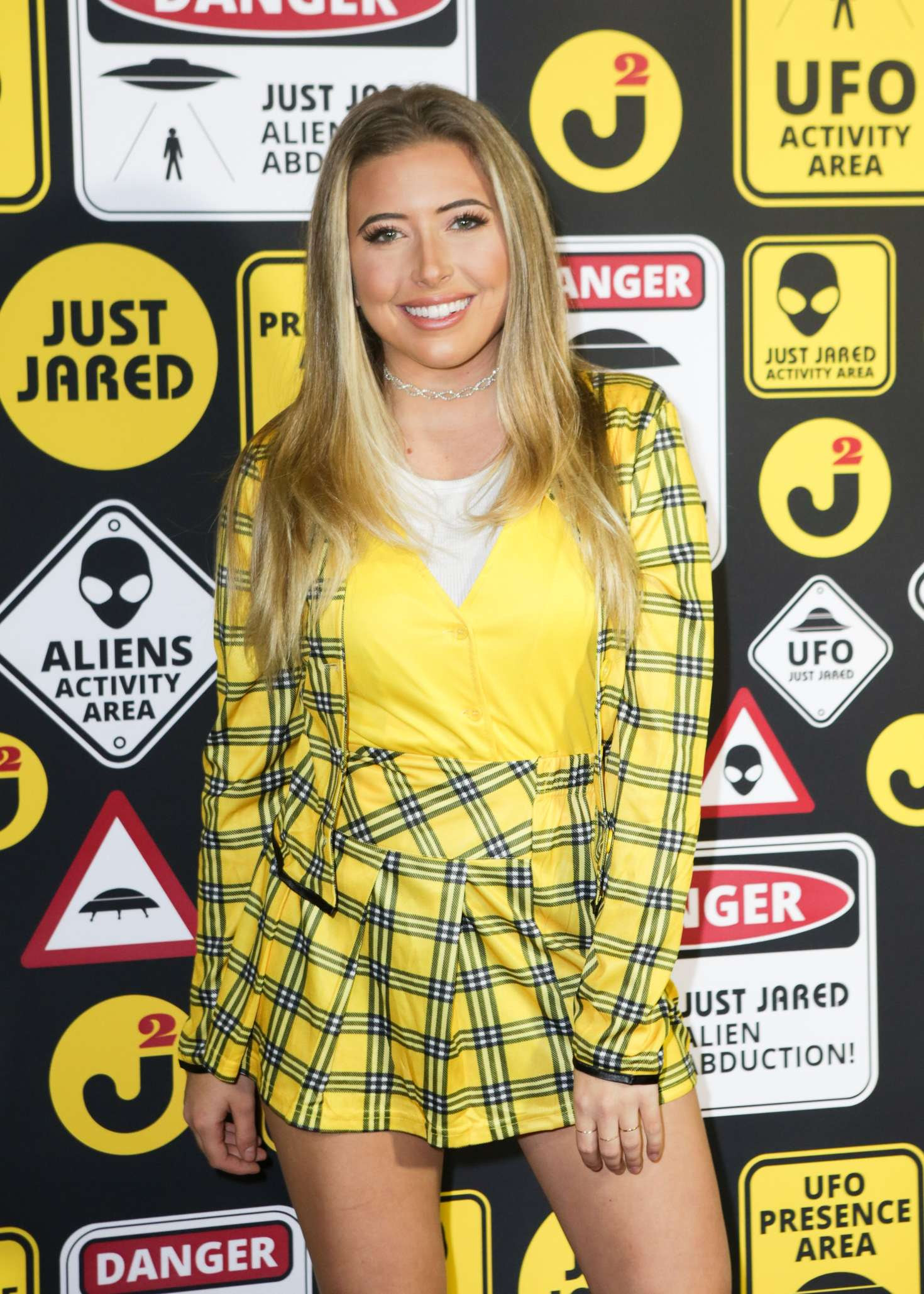 Hunter Daily Salomon – Just Jared Halloween Party 2016 in Los Angeles