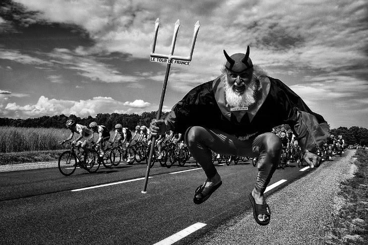 Драматичні фотографії Тур де Франс 2017