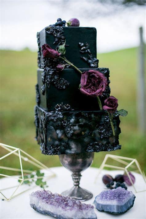 17 Best ideas about Purple Black Wedding on Pinterest