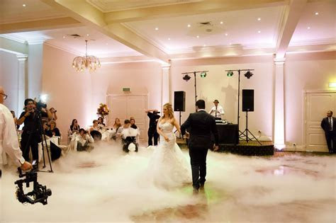 Best Weddings DJ's in Melbourne   Brighton Savoy