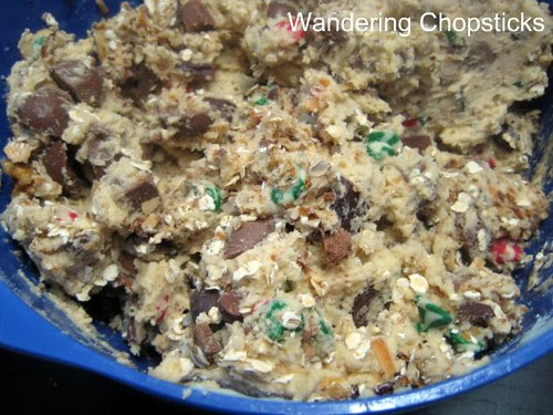 Everything but the Kitchen Sink Cookies 4