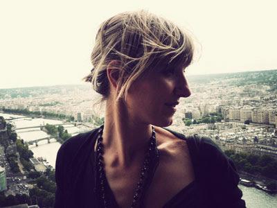 La autora de 'Cásate y sé sumisa' en una foto de su blog personal.