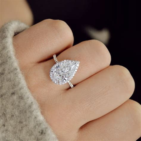 Pear Shape Diamonds ? Ascot Diamonds