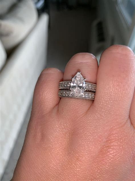 Stunning Pear Engagement Ring & Matching Wedding Band   I