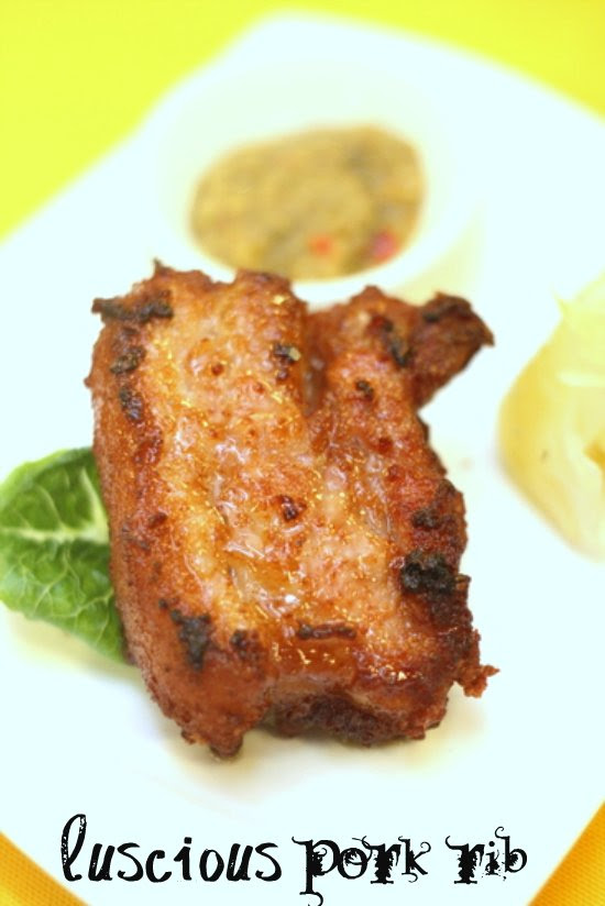 aromatic garlic pork rib with tangy chilli sauce