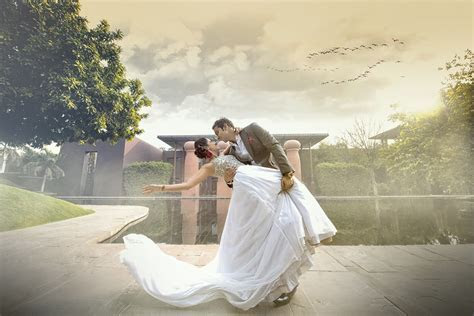 Best Pre Wedding Photographers in Delhi, Photographers India