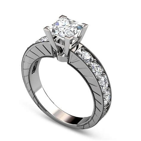 How to Buy Engagement Ring from an Online Store