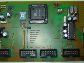 Bộ tạo tín hiệu sóng vuông với AT89C51RC2 và 7411