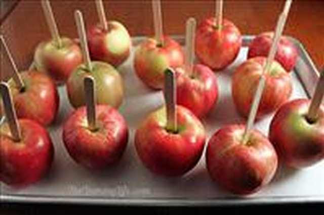 Home Cooking: Crisp as well as Creamy Gourmet Caramel Apples