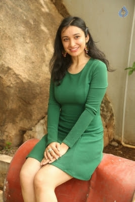 Sakshi Kakkar New Photos - 4 of 26